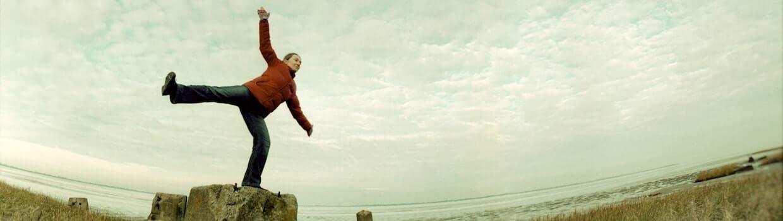 Slide Gleichgewicht halten reden hilft Christliche Beratung Kiel